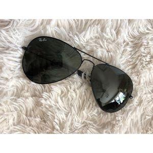 Ray-Ban Accessories - Unisex Classic black aviator sunglasses